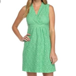 Kim Rogers green sleeveless lace dress petite